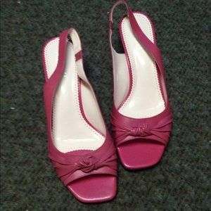 Franco Sarto rose pink sandals never worn Sz 10